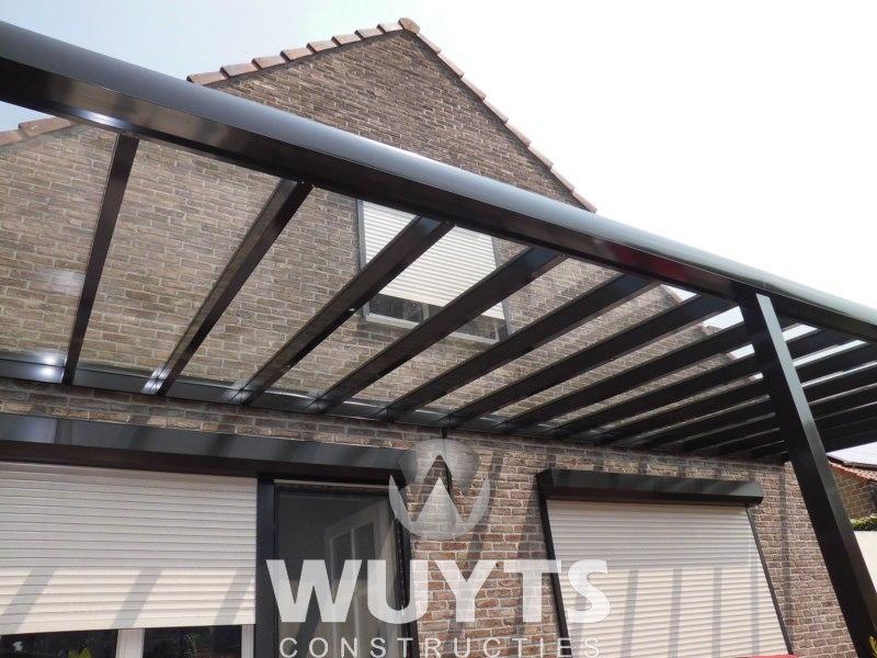 Wuyts constructies terrasoverkappingen staal en - Glazen salontafel en smeedijzer ...